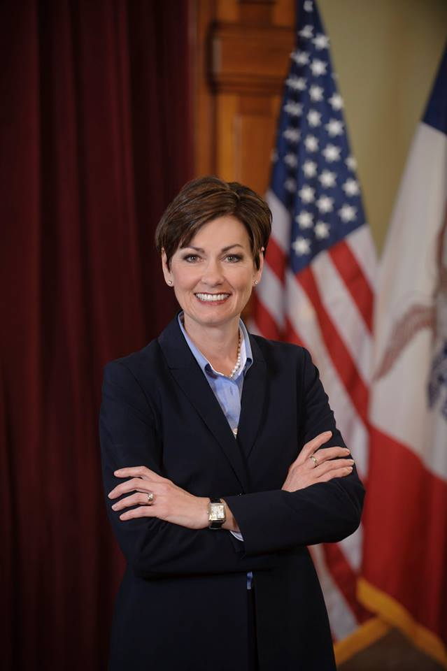 Gov. Kim Reynolds sworn in as 43rd governor of Iowa